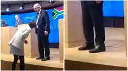 Juncker con scarpe di colore diverso? I presenti