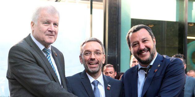 Salvini, Seehofer e Kickl: l'asse dei volenterosi occupa
