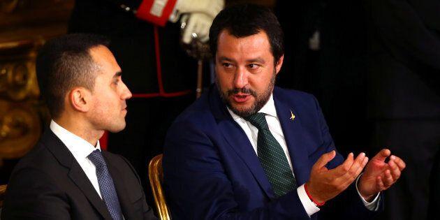 Matteo Salvini e Luigi Di Maio litigano su Silvio