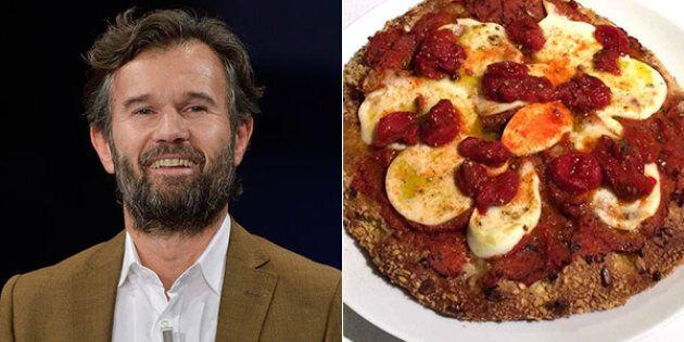 La pizza di Carlo Cracco fa infuriare i napoletani: