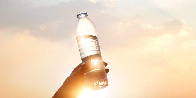 Quanta acqua dovresti bere (precisamente) durante