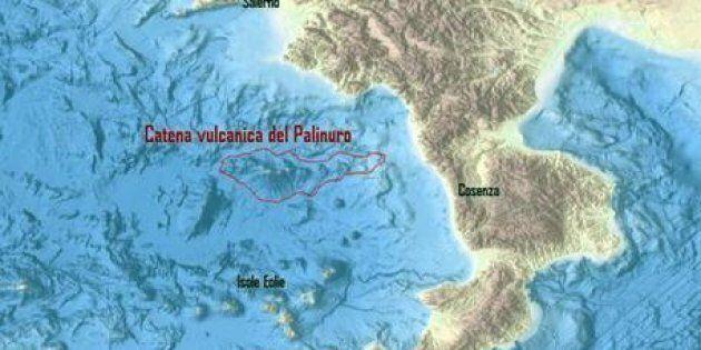 La mappa elaborata dall'Istituto Nazionale di Geologia e Vulcanologia (Ingv) per mostrare la catena di...