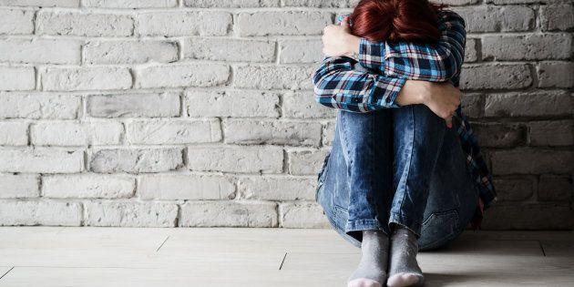 Violentata dal gruppo una 17enne, turista danese, a Garda: sotto shock, ha lasciato