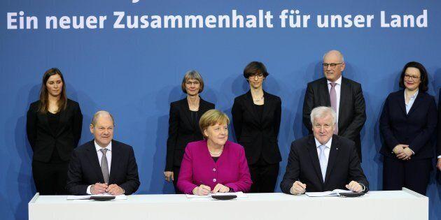Nasce la Groko in Germania. Merkel firma con Scholz e Seehofer: