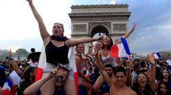 """""""Oggi siamo tutti un po' più fieri di essere francesi"""" (da Parigi, D."""