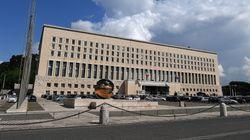 La confusione regna alla Farnesina. Visegrad apre un solco fra i sottosegretari Picchi e Di