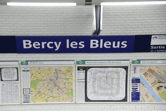 Deschamps Elysees e non solo. La metro di Parigi rinomina 6 stazioni per festeggiare i