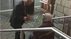 Joe Biden cuore d'oro: l'ex vicepresidente USA diventa fenomeno