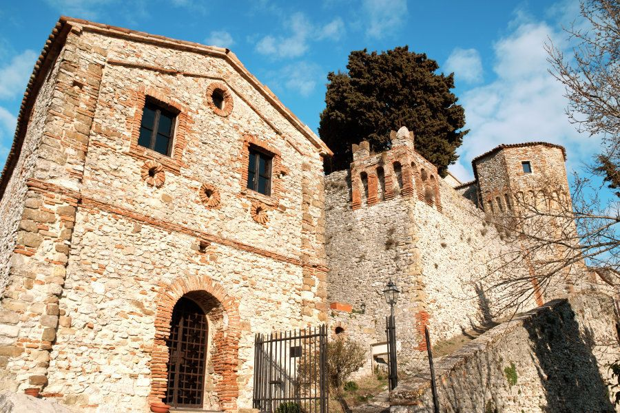 The castle of Montebello (Mons Belli) was a defensive position in the Val Marecchia. It has feudal origins...
