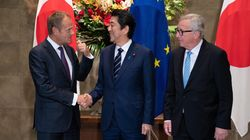 Giappone e Ue mandano un segnale a Trump: via i dazi, firmato l'accordo commerciale di libero