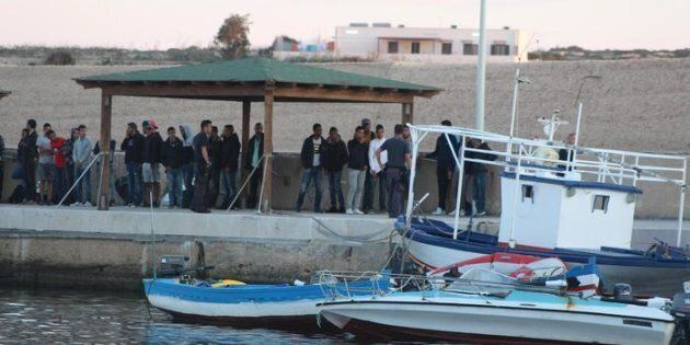 Lampedusa, l'isola dove naufraga il