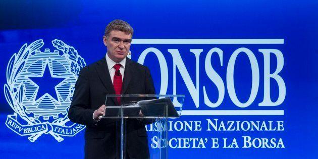 Nessuna incompatibilità, la nomina di Nava è stata già vagliata. La Consob resiste all'attacco di M5S...