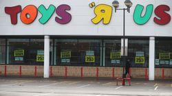 Il colosso dei giocattoli Toys 'R' Us chiude i negozi negli Stati Uniti: 33mila posti a