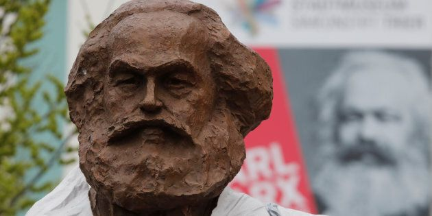 Marx oggi. Crisi del capitalismo, dazi e l'uscita dall'euro alla Scuola estiva di filosofia