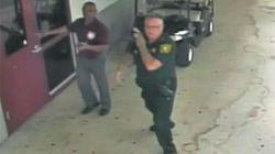 Dentro la scuola di Parkland è in corso la sparatoria, ma il poliziotto non