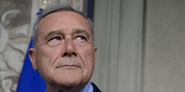 Il giudice dà ragione al Pd: Pietro Grasso dovrà pagare 83mila euro al suo ex partito. La replica:
