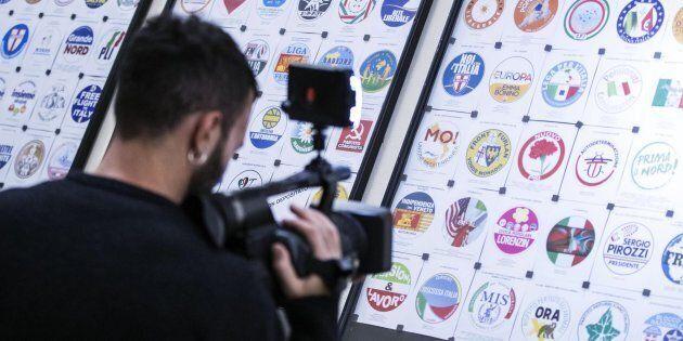 Alcuni contrassegni affissi al Viminale per la presentazione dei simboli elettorali, Roma, 21 gennaio...