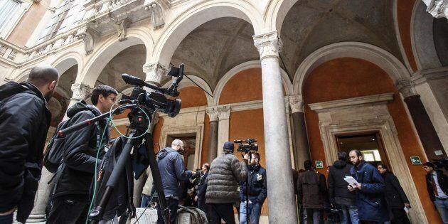 Un momento delle operazioni di accoglienza e registrazione dei senatori a Palazzo Madama, Roma, 19 marzo...