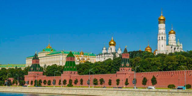 Mosca soffia sul fuoco:
