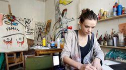 La fondatrice di Femen si è suicidata a Parigi. Il giallo dell'ultimo