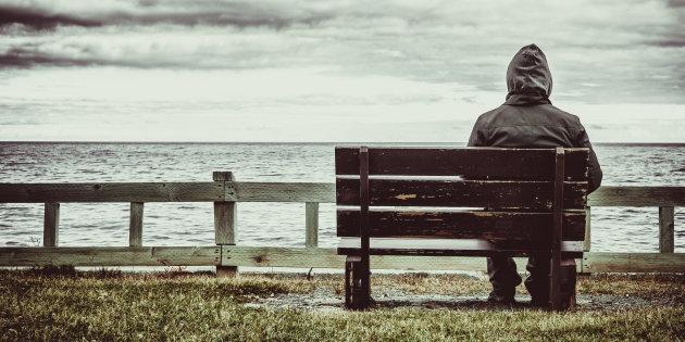 siti di incontri HIV positivi Australia poliziotto datario spacciatore