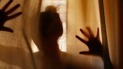 Una donna è stata massacrata di botte e uccisa in Costa