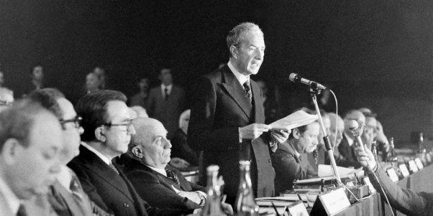 Marzo 1977 CONFERENZA NAZIONALE ORGANIZZATIVA DELLA DC AL PALAZZO DEI CONGRESSI.NELLA FOTO: IL PRESIDENTE...