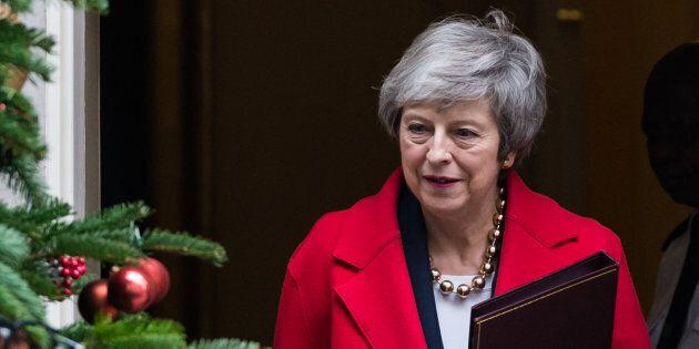 Brexit: passa l'emendamento per legare le mani al