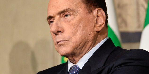 La nuova zoppicante discesa in campo di Silvio Berlusconi. Prova a rilanciare Forza Italia, ma è gelo...