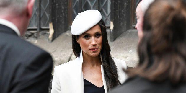 Prima di entrare nella royal family, Meghan Markle dovrà inchinarsi anche di fronte a