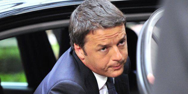 A cena da Renzi: l'ex segretario chiama a raccolta 120 parlamentari per fare il punto prima della pausa