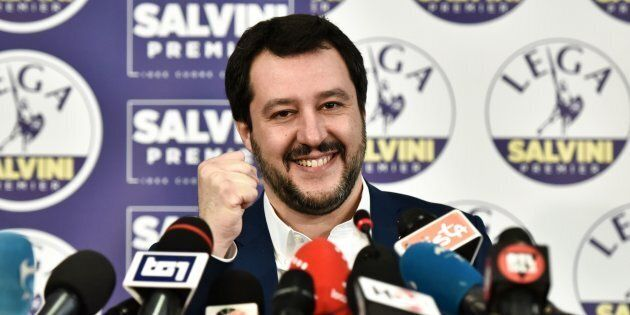 Matteo Salvini apre al reddito di