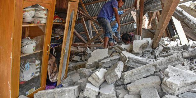 Terremoto di magnituto 6.4 in Indonesia, 10