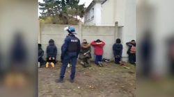 Studenti in ginocchio e con le mani in testa. Polizia francese sotto accusa per questo