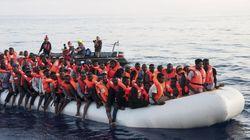 Nave italiana soccorre 108 migranti ma li riporta in Libia. È la prima volta. Ma Salvini smentisce: