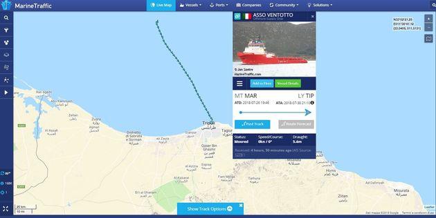 Nave italiana soccorre 108 migranti ma li riporta in Libia. È la prima