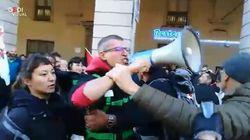 Contestato nella piazza No Tav il vicesindaco M5S di Torino Montanari: