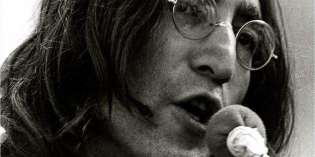 38 anni senza John Lennon. Quel giorno segna la fine della
