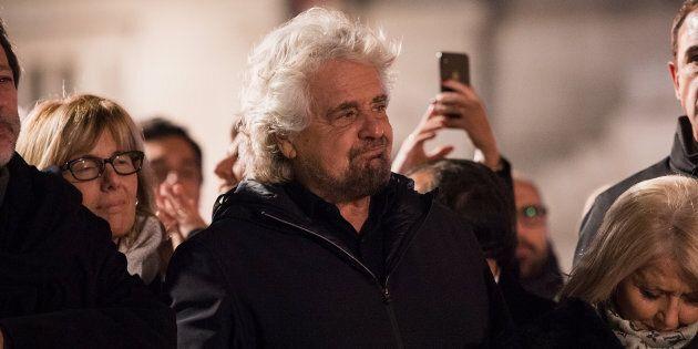 Beppe Grillo attacca i fuoriusciti da M5S: