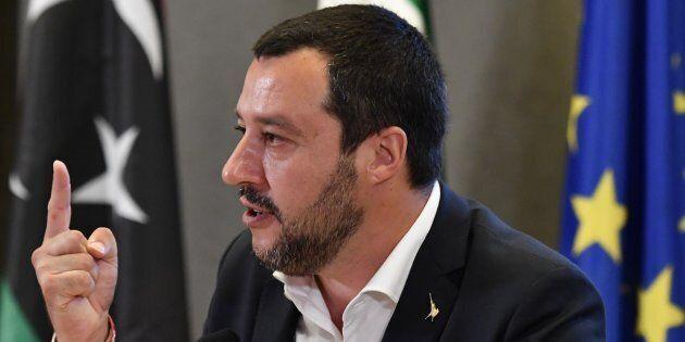 Le contraddizioni di Salvini sui