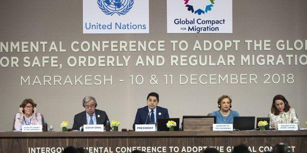 Passa il Global Compact, Patto Onu sui migranti, con molte sedie vuote (anche senza