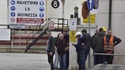 Esplosione al porto industriale di Livorno: due operai morti e uno