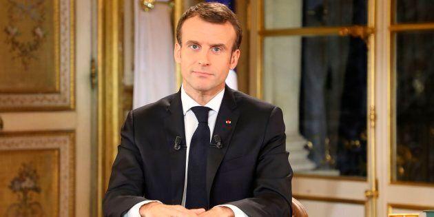Il disastroso discorso di Macron e il fantasma di Reza
