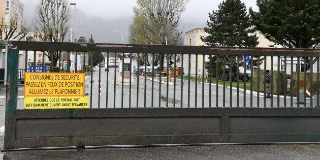 Francia, attacco ai gendarmi in Francia: fermato un uomo in
