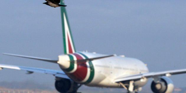 Delta e Easyjet in consorzio, lo Stato manterrà il 14%: Di Maio illustra ai sindacati i suoi piani per