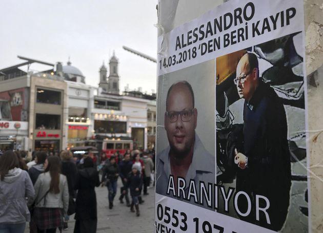 Testimoni alla tv turca raccontano il giorno dopo la scomparsa di Alessandro Fiori: