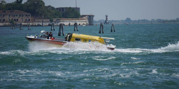 Caos nella Laguna di Venezia: in 24 ore due incidenti provocano tre morti e otto