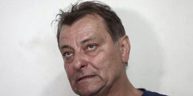 Firmata l'estradizione per l'ex terrorista Cesare Battisti. Ma a casa non si