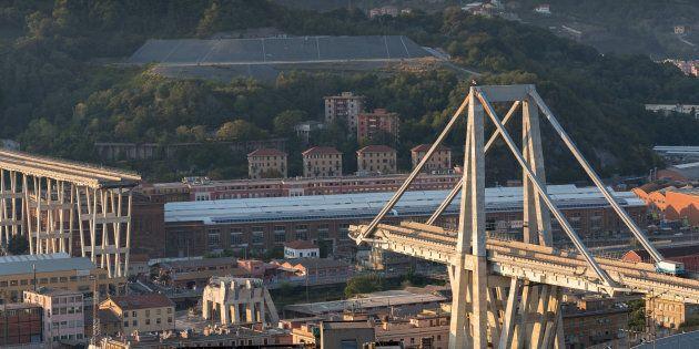 Genova, demolizione ponte Morandi assegnata a cinque