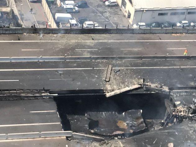 Incendio Bologna: parzialmente crollato ponte sull'autostrada